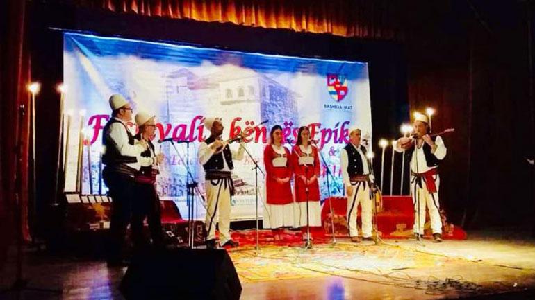 """Ansambli """"Gjilani"""" është shpërblyer me çmimin e publikut në Festivalin e Bashkisë së Mat"""