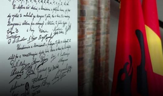 Shënohet Dita e Alfabetit të Gjuhës Shqipe