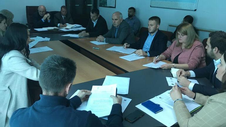 Komiteti për Politikë e Financa mbajti mbledhjen e nëntë të rregullt
