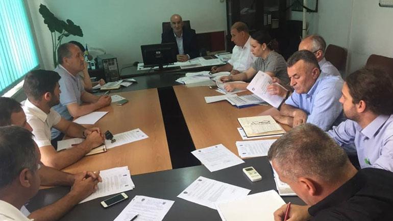 Vitia mobilizohet për t'i dal në ndihmë familjeve të prekura nga tërmeti në Shqipëri