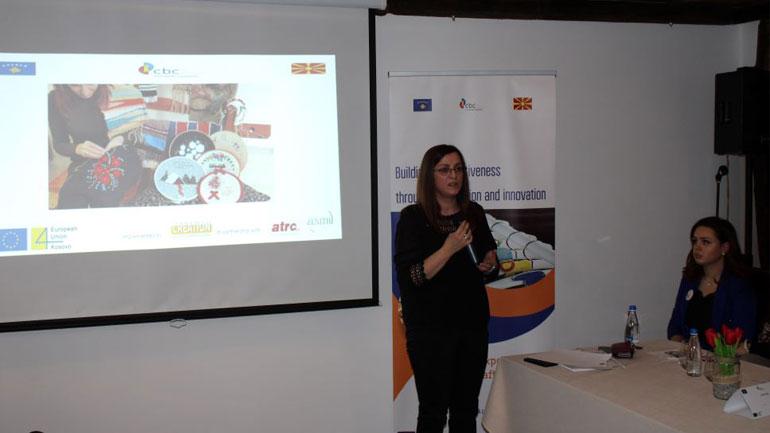 Artizanët e Gjilanit, Shkupit e Kumanovës, prezantojnë punimet më të mira