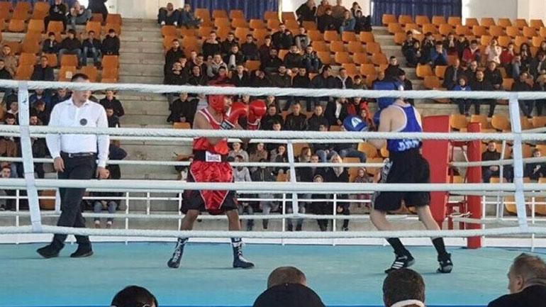 """Në Gjilan mbahet turneu memorial ndërkombëtar në boks """"Agim Rashiti"""""""