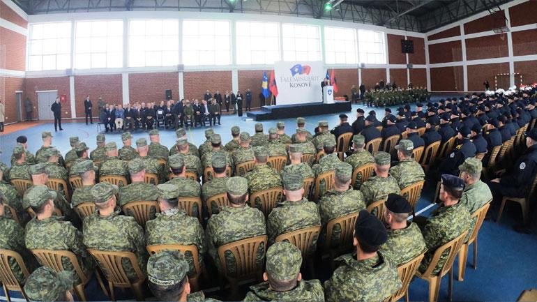Presidenti i Shqipërisë Ilir Meta dekoron njësitet e kërkim-shpëtimit të FSK-së