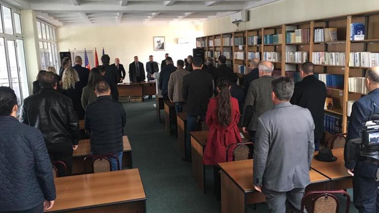 Kuvendi Komunal i Vitisë ka ndarë 4 mijë euro për të prekurit nga tërmeti, nga to 1 mijë euro për familjen Abazi