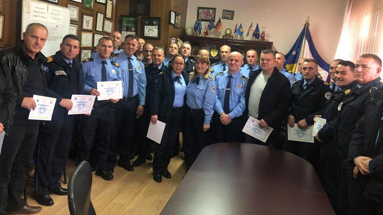 Ndahen mirënjohje për policë të dalluar në Drejtorinë Rajonale të Gjilanit
