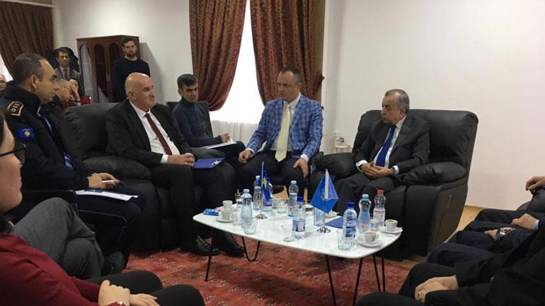 Sokol Haliti pret në takim Zahir Tanin e UNMIK-ut
