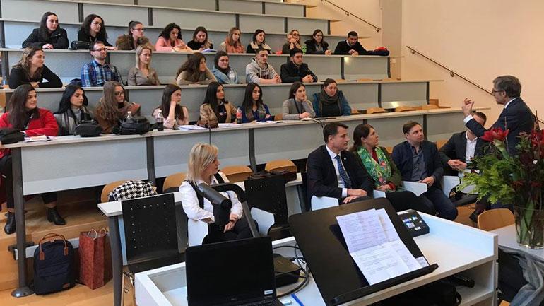 Delegacioni i UKZ-së përmbyll me sukses vizitën studimore në Universitetin ZUG të Zvicrës