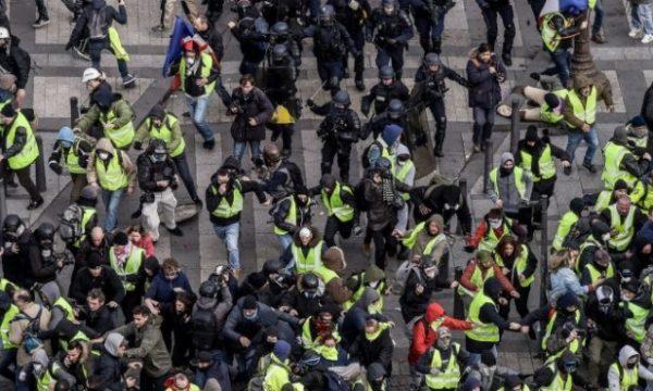 Protesta në Paris, dhjetëra të arrestuar