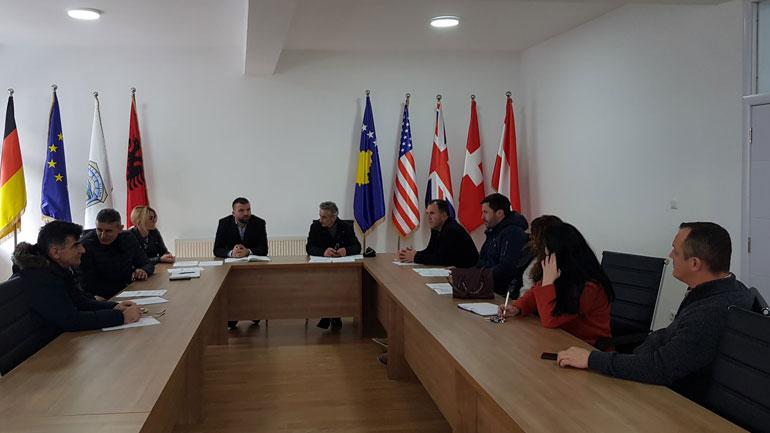 Viti: U mbajt mbledhja e parë e Komitetit për Komunitete
