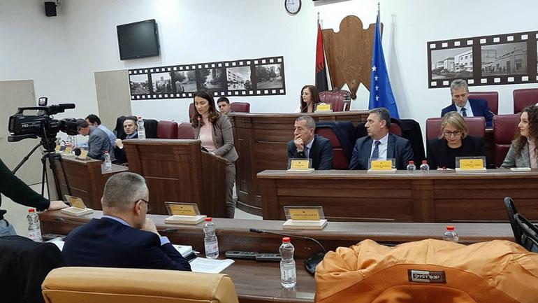 Krenare Latifi – Kqiku, anëtare e re e Kuvendit Komunal të Gjilanit