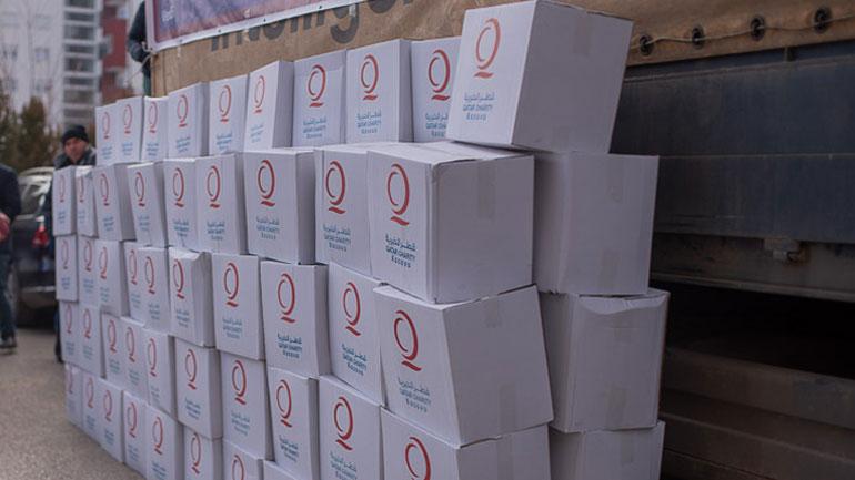 Shpërndahen 250 pako ushqimore dhe batanije për familjet në nevojë