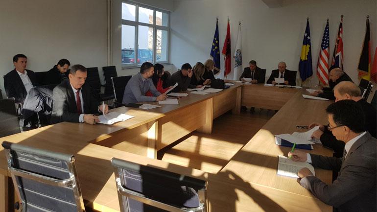 Viti: U mbajt mbledhja e parë e rregullt e Komitetit për Politkë dhe Financa