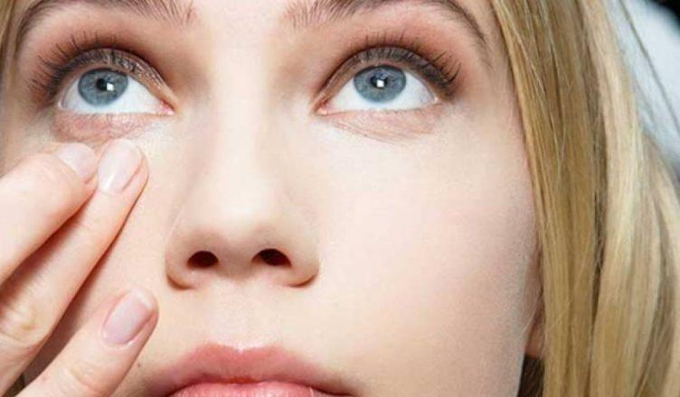 Ushqimet që ndikojnë në formimin e rrathëve të zinj poshtë syve