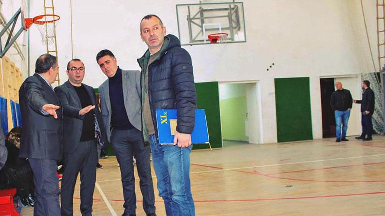 Ismajli: Rregullimi i sallave të edukatës fizike nëpër shkolla prioritet për qeverisjen aktuale