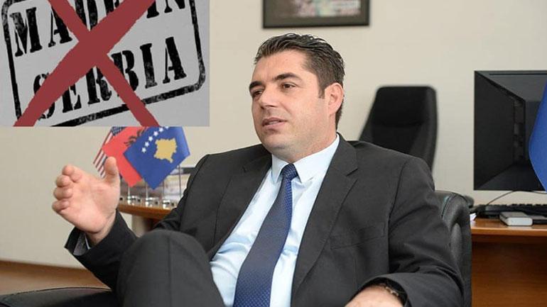 Hasani: Ende nuk ka ardhur koha për heqjen e taksës!
