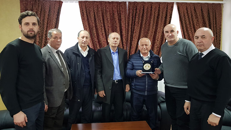 Kryetari Haliti nderon me mirënjohje atdhetarin Muharrem Kurteshi