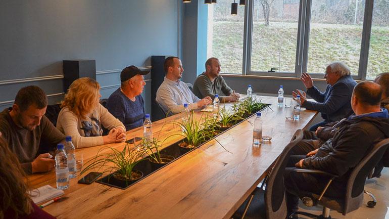 Diskutojnë për mbështetjen e Klubit të Shahut në Kamenicë
