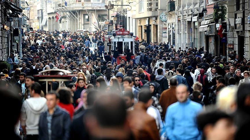 Popullsia e Turqisë kalon në mbi 83 milionë