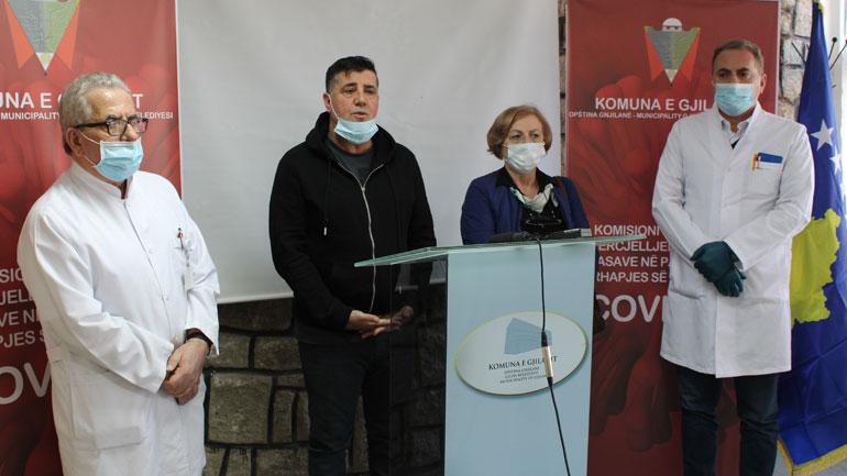 Haziri: Në ekipin emergjent të Gjilanit ka mikrobiologë, biokimistë, epidemiologë dhe staf të përgatitur për preventivë ndaj COVID19
