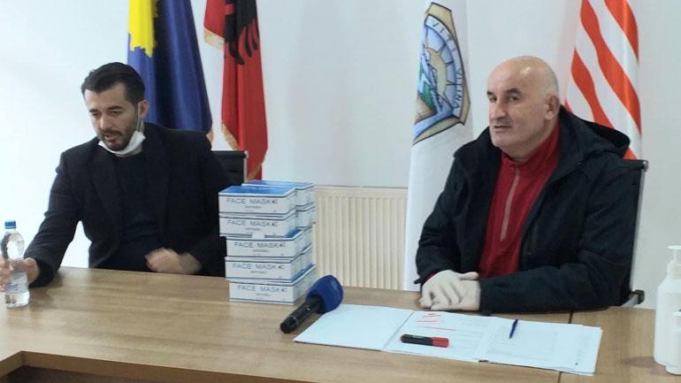 """Fondacioni """"Labinot Tahiri"""" me ndihma të reja për Vitinë"""