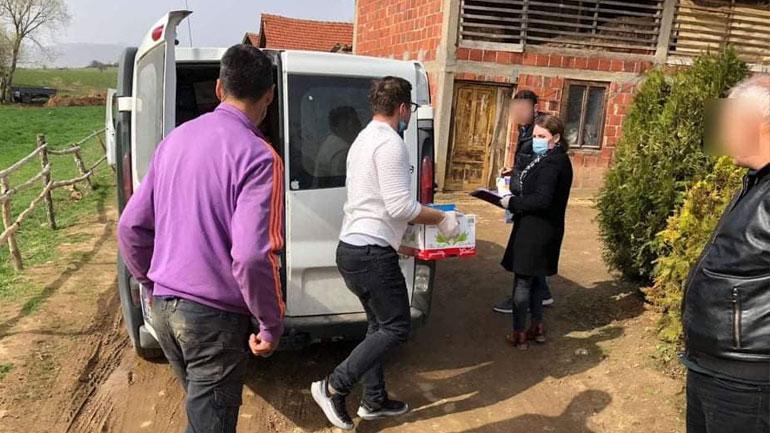 Kamenicë: Shpërndahen edhe 640 pako higjienike për familjet në nevojë