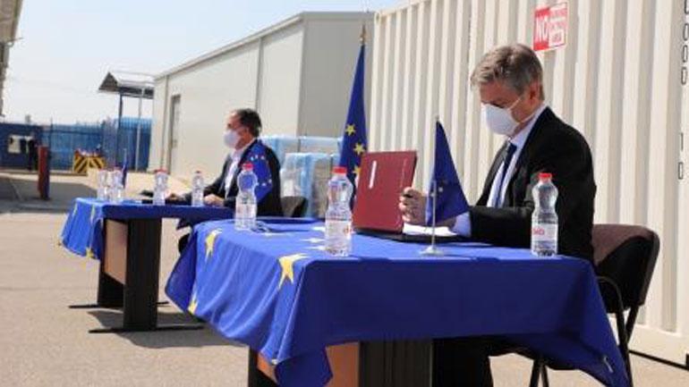 EULEX i dhuron pajisje të teknologjisë informative Shërbimit Korrektues të Kosovës