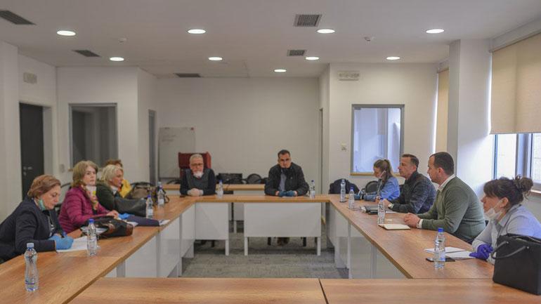 Epidemologë, mikrobiologë e mjekë nga Gjilani, shprehin gatishmëri ta mbështesin Kamenicën