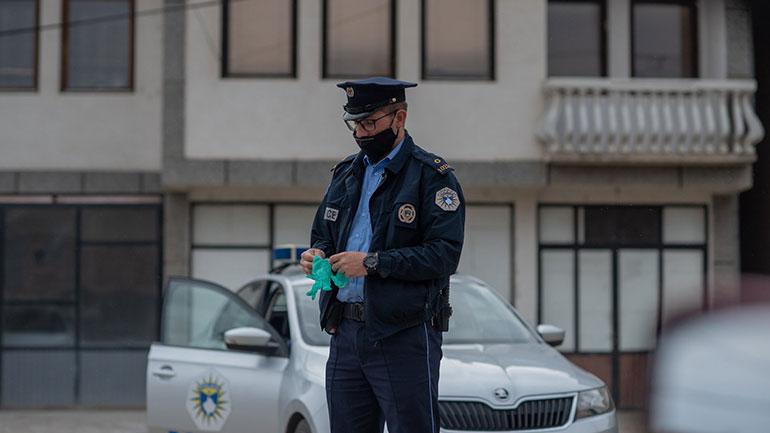 Rajoni i Gjilanit: Policia ka shqiptuar 485 gjoba në bazë të ligjit të pandemisë COVID-19