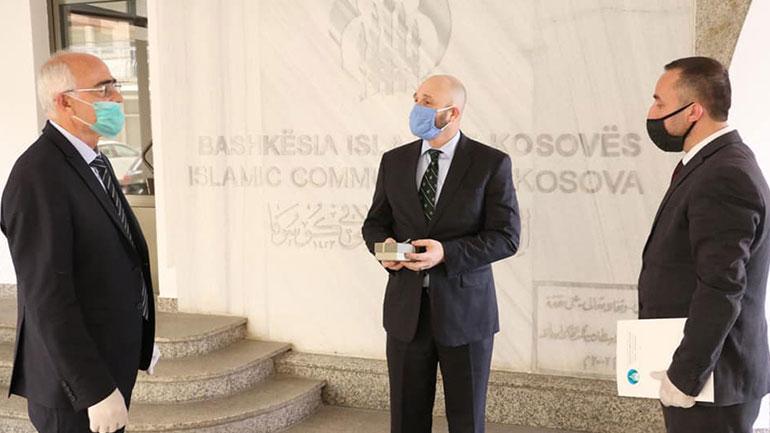 "Ambasada Amerikane përkrahu aksionin ""Sofra e Ramazanit"""