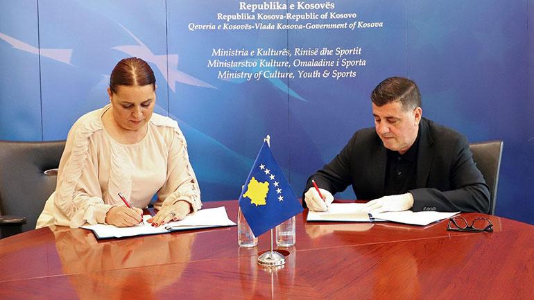 Haziri e Dumoshi nënshkruajnë memorandumin për rikonstruimin e Stadiumit, kosto 4.6 milionë euro