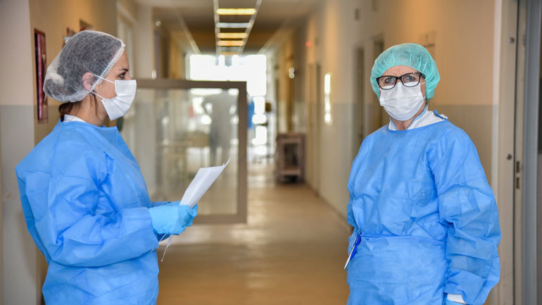 Ismajli Roli i infermierëve jetik në trajtimin dhe shërimin e pacientëve