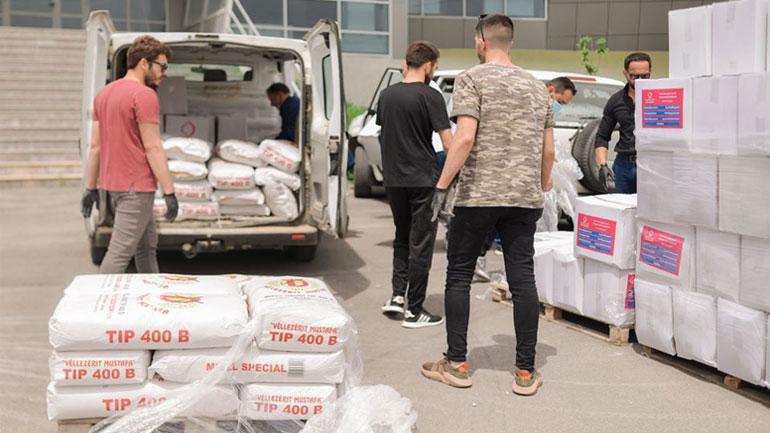 """Organizata """"Qatar Charity"""" dhuron pako ushqimore për familjet në nevojë"""
