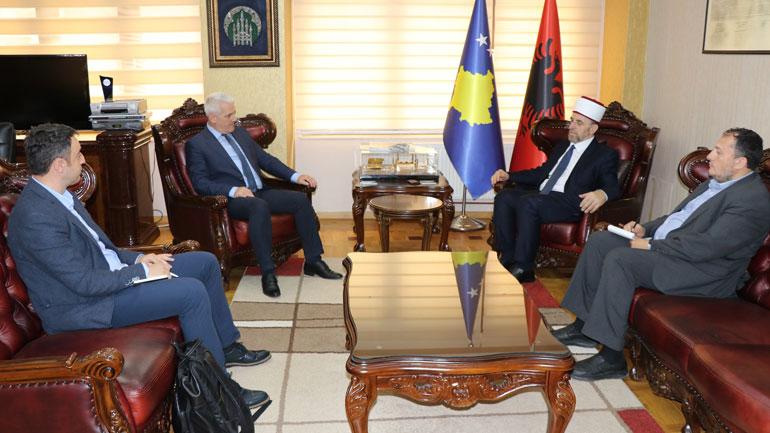 U.d Ministri i MPBAP-së Sveçla vizitoi Bashkësinë Islame të Kosovës