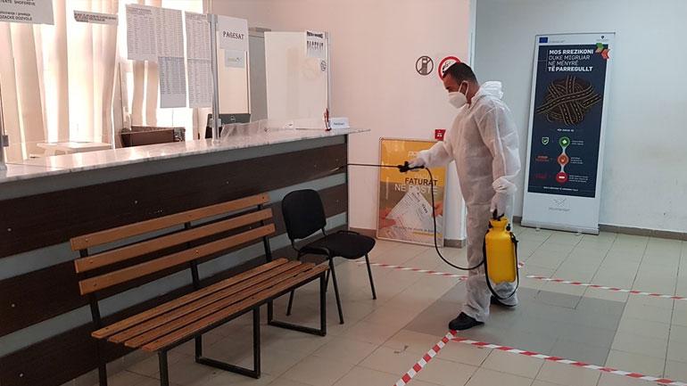 Vitia me 55 raste aktive me koronavirus