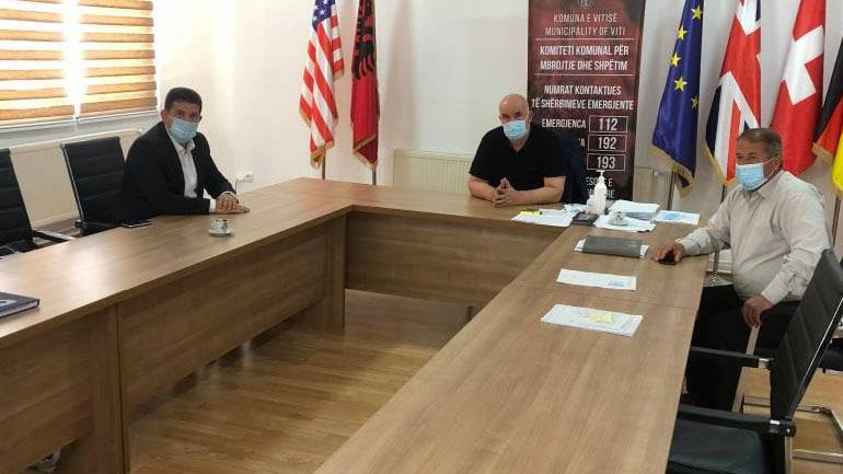 """Kryetari i Vitisë priti në takim kryeshefin ekzekutiv të """"Hidromoravës"""""""