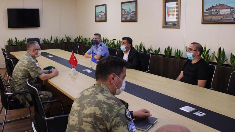 KFOR'i turk shpërndau dhurata për fëmijët e mbrojtur në Gjilan