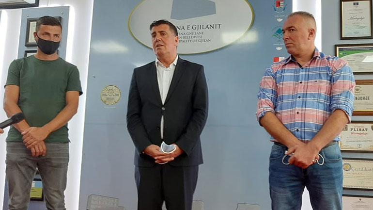 Lutfi Haziri falënderon shoqatën e bashkatdhetarëve Pogragja për mbështetjen ndaj projekteve komunitare
