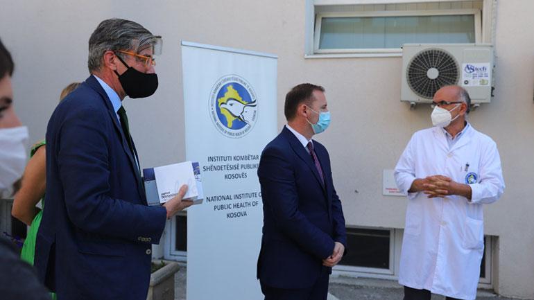 Ministria e Shëndetësisë e Gjermanisë i dhuroi Kosovës 6000 teste (RT-PCR) për COVID-19
