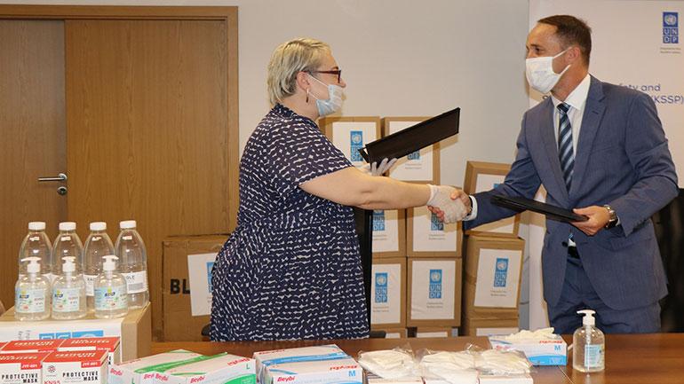 UNDP dhuroi donacion për MPB-në