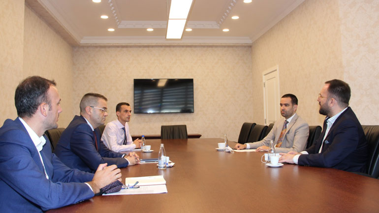 Banka Qendrore, Oda Ekonomike e Kosovës dhe Oda Amerikane koordinojnë propozimet për rimëkëmbjen ekonomike