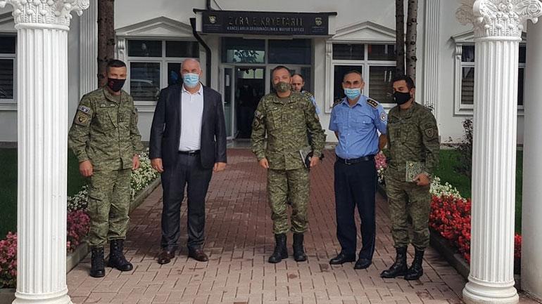 Kryetari i Vitisë priti sot në takim komandantin e ri të Regjimentit të parë të FSK-së në Gjilan