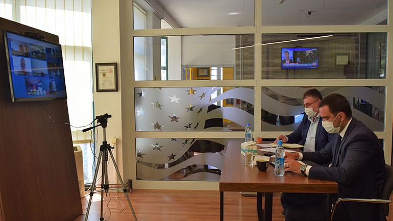 Bizneset diskutojnë rimëkëmbjen ekonomike me Ministrin Kuçi