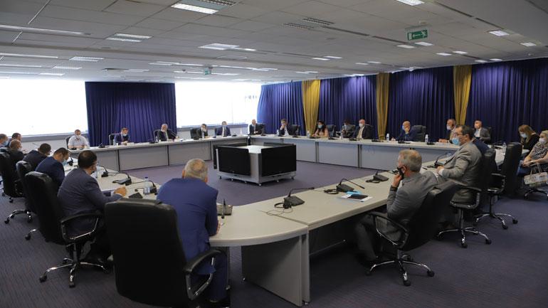 Diskutohet për menaxhimin e situatës aktuale me pandeminë COVID-19