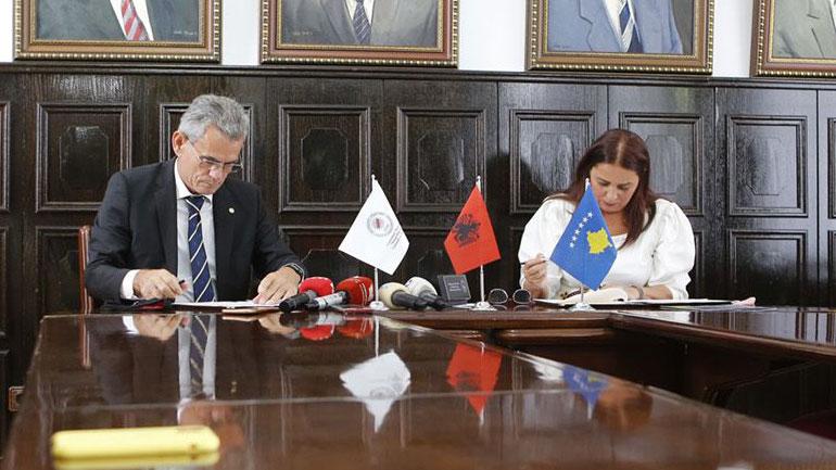 MKRS dhe UP nënshkruajnë memorandum për bursa studimi për trashëgiminë kulturore