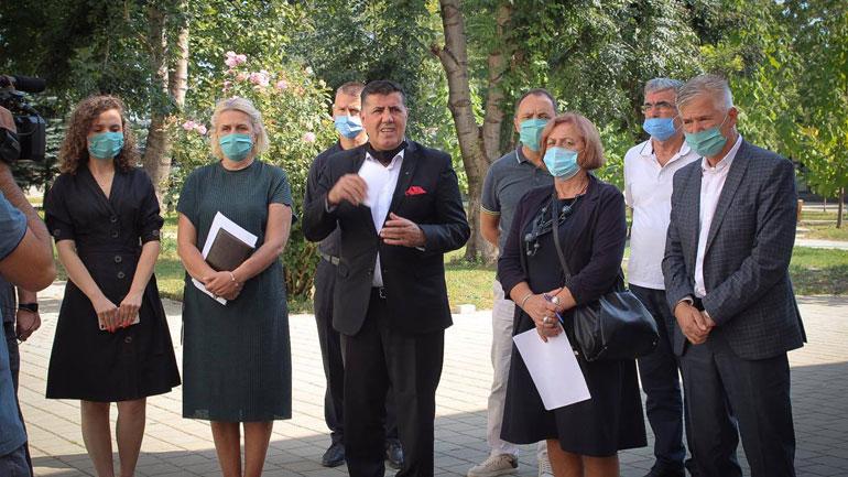 Haziri: Institucionet shtetrore në Gjilan janë të vendosura për të garantuar mbarvajtjen e mësimit në shkolla