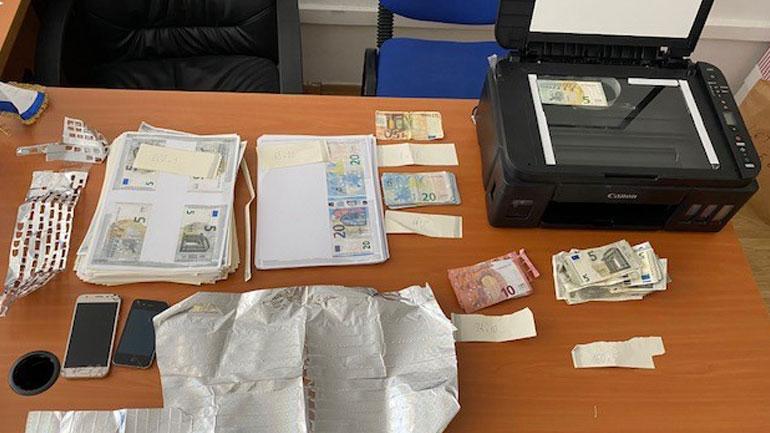 Policia e Kosovës arreston të dyshuarin për veprën falsifikim i parasë (FOTO)