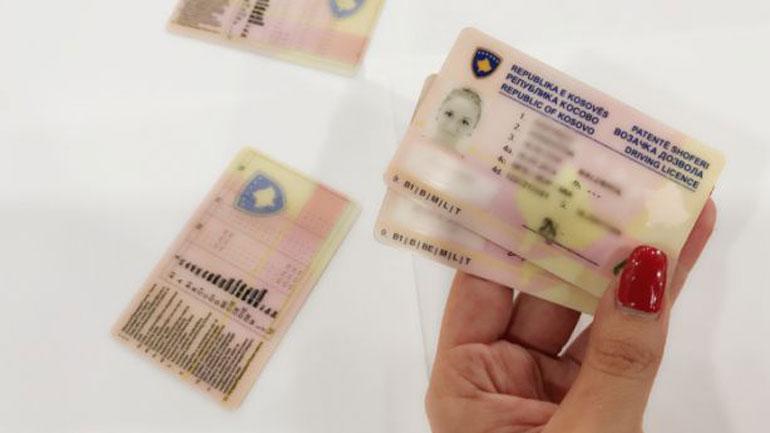 Ministri Veliu sot do të ndajë patentë-shoferin e parë ndërkombëtarë