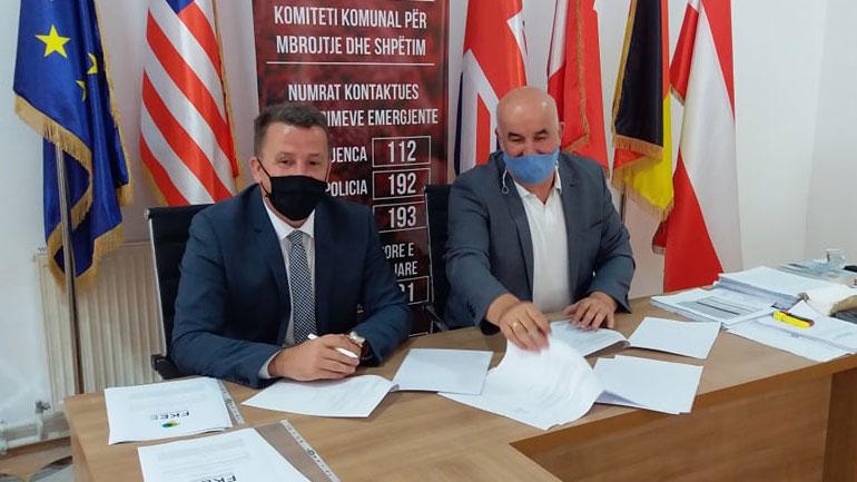 Nënshkruhet marrëveshje bashkëpunimi mes Komunës së Vitisë dhe Fondit të Kosovës për Efiçiencë të Energjisë