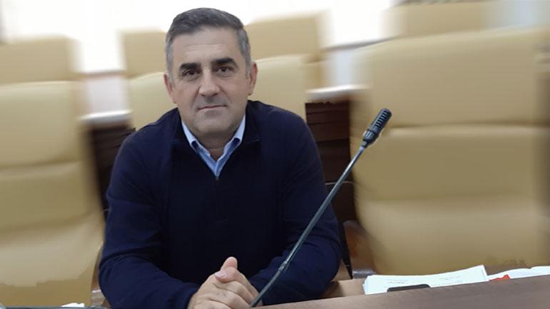 Guda: Gjilani është bërë metropol, meritor kreu i komunës Lutfi Haziri