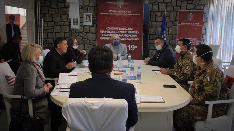 KFOR'i italian viziton Komitetin e Gjilanit për të dhënë përvojën e menaxhimit të pandemisë